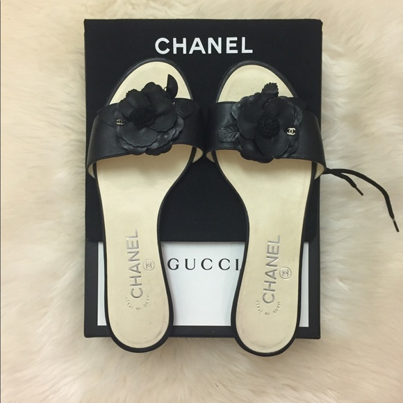 f6cf652253e CHANEL Shoes - CHANEL 15C Leather Camellia Flower Flat Sandals